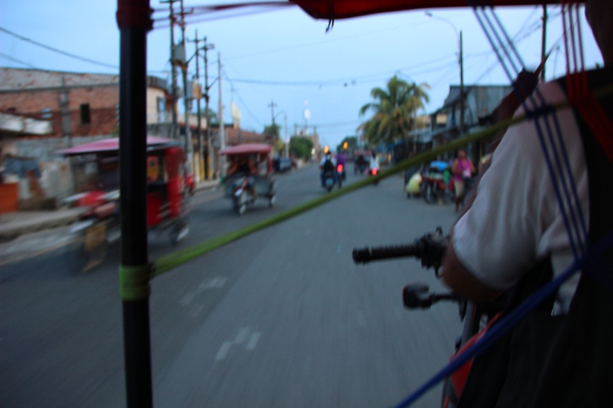 27_street scenes from a mototaxi all a blur